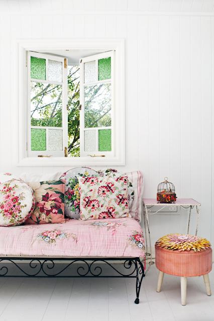 imprimeuri-florale-la-interior