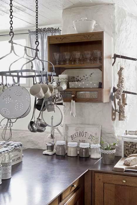 amenajari, interioare, decoratiuni, decor, design interior, stil shaby chic, scandinav, alb, rustic, bucatarie