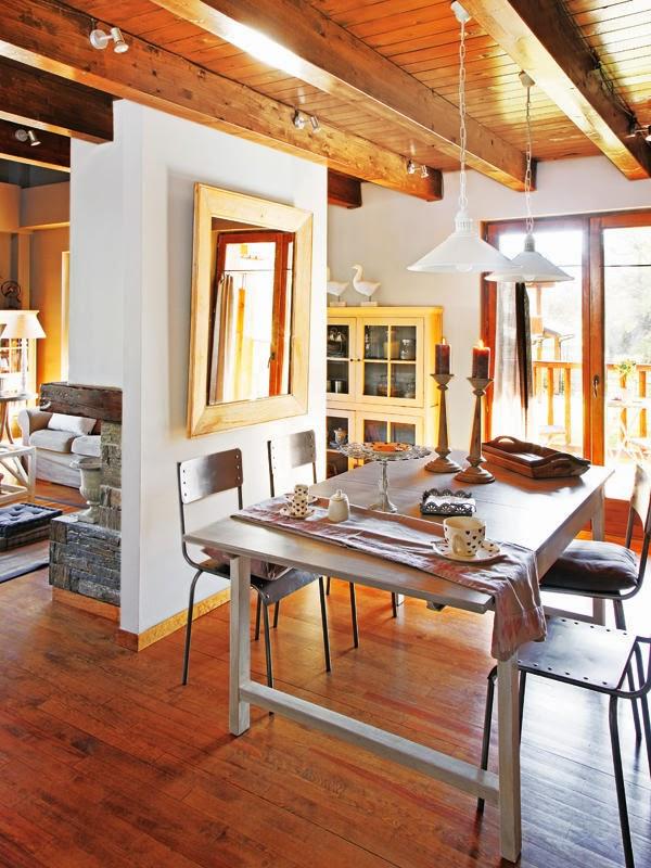 amenajari, interioare, decoratiuni, decor, design interior, rustic, lemn, semineu, living, sufragerie
