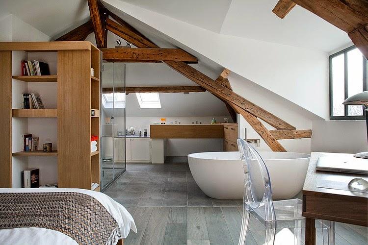 dormitor-si-baie-la-mansarda