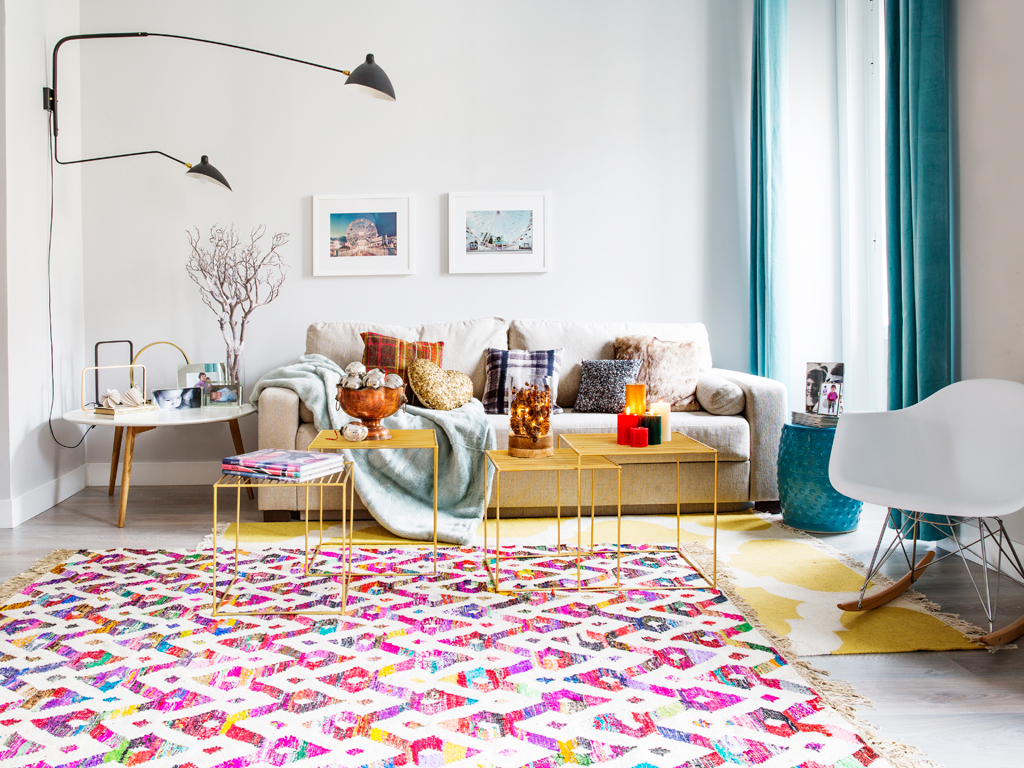Culori tari într-un apartament din Spania