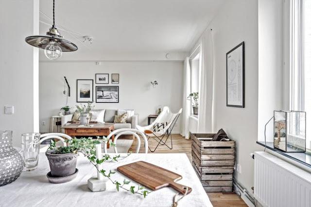 Lemn și alb imaculat într-un apartament de 62 m²