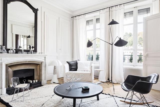 Eclectic în alb și negru într-un apartament din Lyon