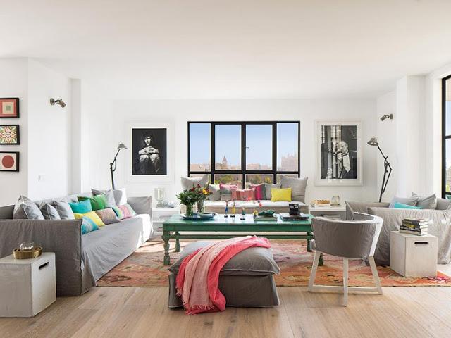 Prospețime și veselie în amenajarea unui penthouse din Palma de Mallorca