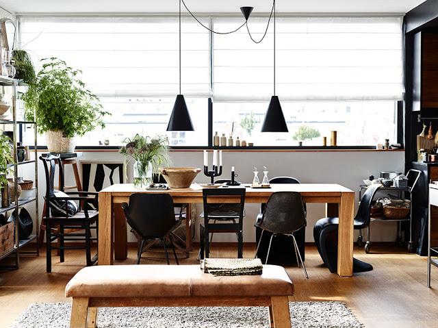 negru-elegant-mult-lemn-si-accente