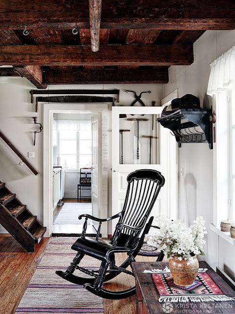 Rustic scandinav intr-o frumosă vilă din Finlanda
