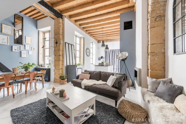 Loft cu accente industriale și rustice în Lyon