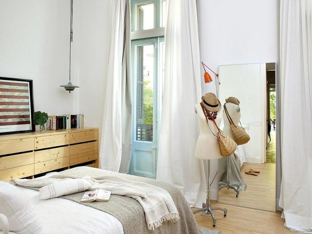 o-casa-moderna-cu-gradina-interioara