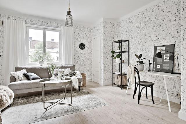 Tapet cu motive vegetale și nuanțe de gri într-un apartament de 37 m²