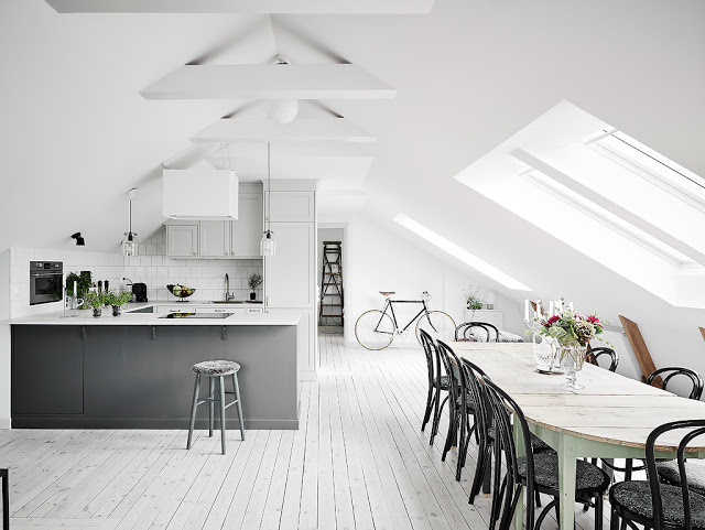 Minimal scandinav într-o mansardă de 58 m²