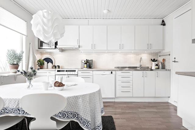 Simplitate scandinavă într-o casă din Göteborg