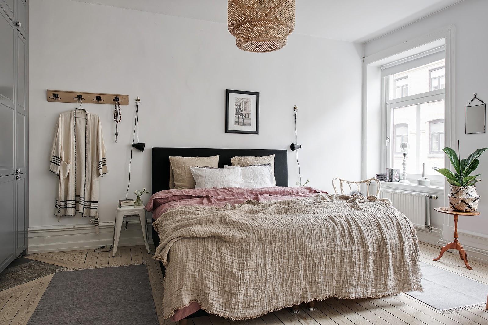 Textile și materiale naturale într-un apartament de 59 m²