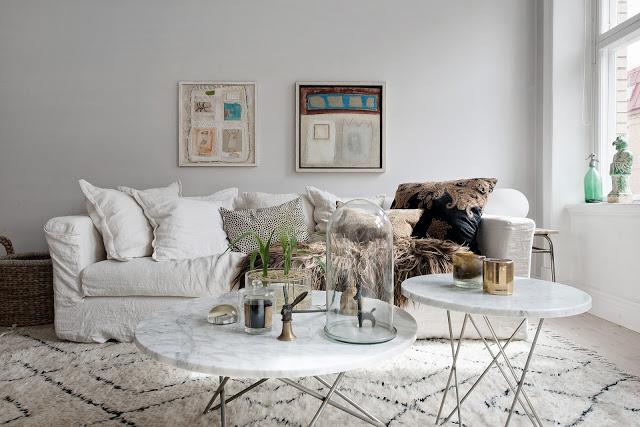 idee de decor pentru o canapea alba