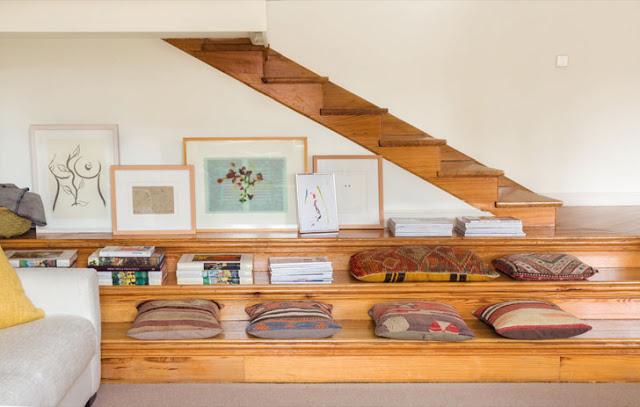 solutie de decor pentru baza unei scari interioare