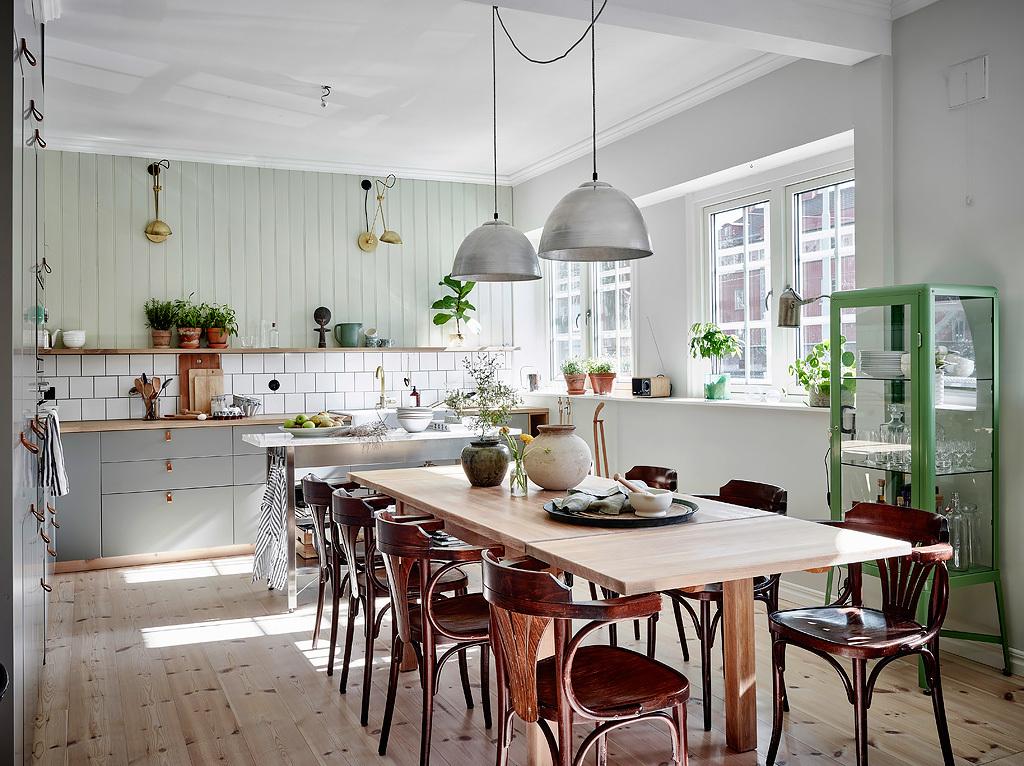 Accente de verde crud într-un apartament de 97 m²