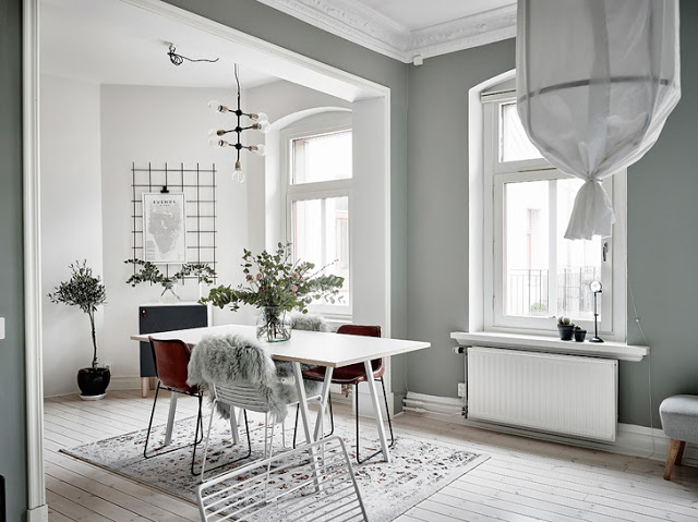 sufragerie scandinava cu pereti in gri deschis