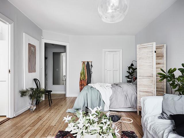 solutie de separare a dormitorului intr-o garsoniera