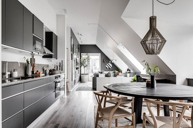amenajare in gri si alb pentru o mansarda de 69 m² din Goteborg