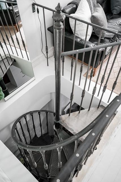 scara interioara din fier forjat