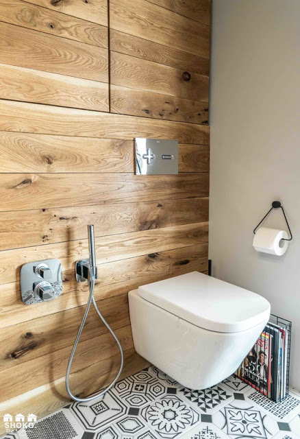 panel de lemn in baie