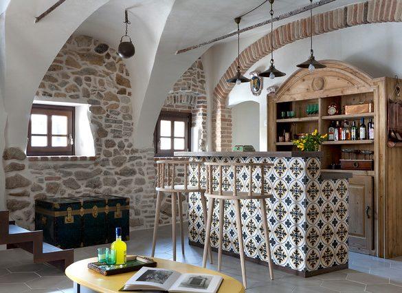 delicatete-rustica-intr-o-casa-de-piatra-din-italia