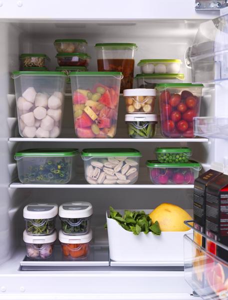 Caserole transparente PRUTA, perfecte pentru depozitarea alimentelor atât în frigider cât și în cămară.