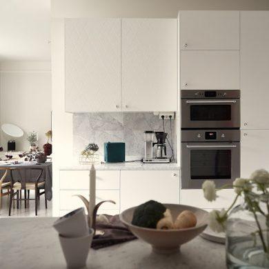 accente-de-gri-si-roz-in-amenajarea-apartament-100-mp-suedia