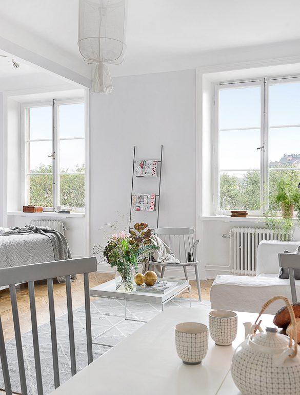 Amenajare simplă, dar practică și frumoasă pentru o garsonieră de 41 m²
