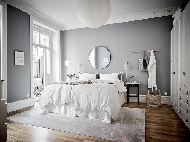 dormitor in gri si alb