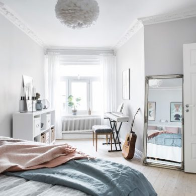 accente-de-gri-roz-si-albastru-pastel-amenajare-fina-apartament-60-mp