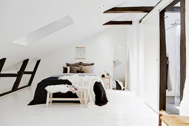 Amenajare scandinavă într-o mansardă pe două niveluri [ 73 m² ]