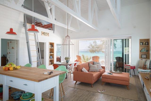 Amenajarea practică într-o casă de vacanță de la malul mării