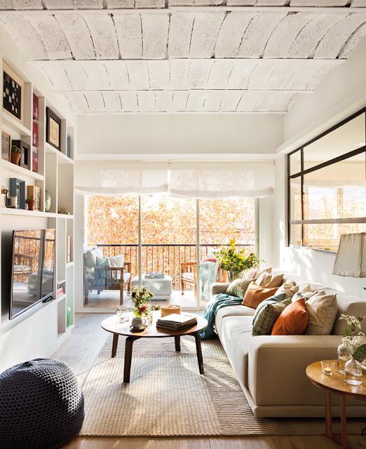 apartament-de-60-m-umplut-cu-visurile-unui-cuplu-tanar-barcelona