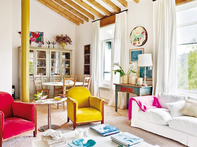Culori îndrăznețe și stil rustic într-o cu multă personalitate din Spania