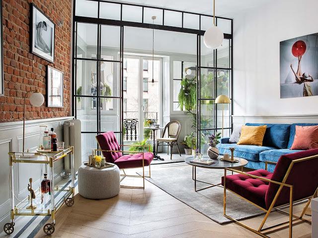 Culori tari și decor eclectic într-un apartament din Madrid