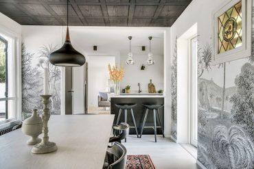 tapet-in-alb-si-negru-intr-o-casa-din-mellbystrand-suedia