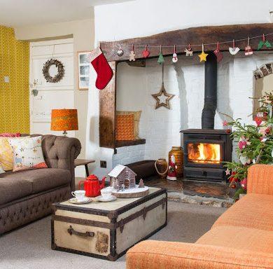 Decor de Crăciun într-o casă cu accente retro din Somerset, UK