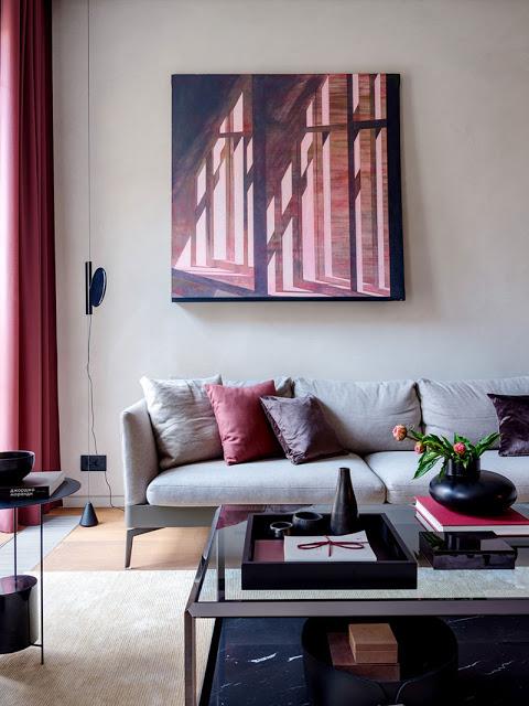 Tonuri elegante de culoare în amenajarea unui apartament din Moscova