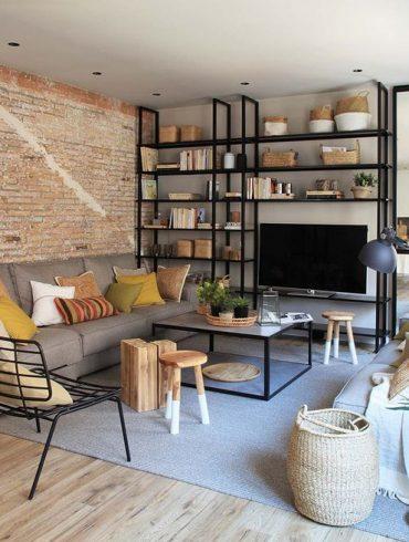 Accente industriale și tonuri naturale de culoare într-un apartament din Barcelona 1