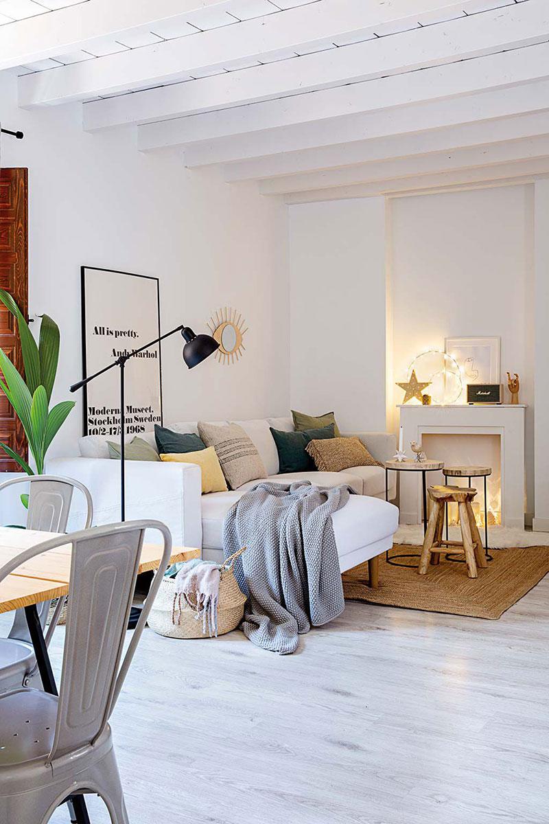 Tonuri naturale de culoare și decor scandinav într-un apartament pe două niveluri din Madrid 1