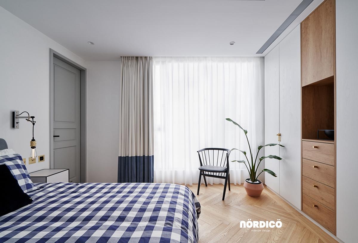 Design interior cu bucătărie neagră într-un apartament de 2 camere 18