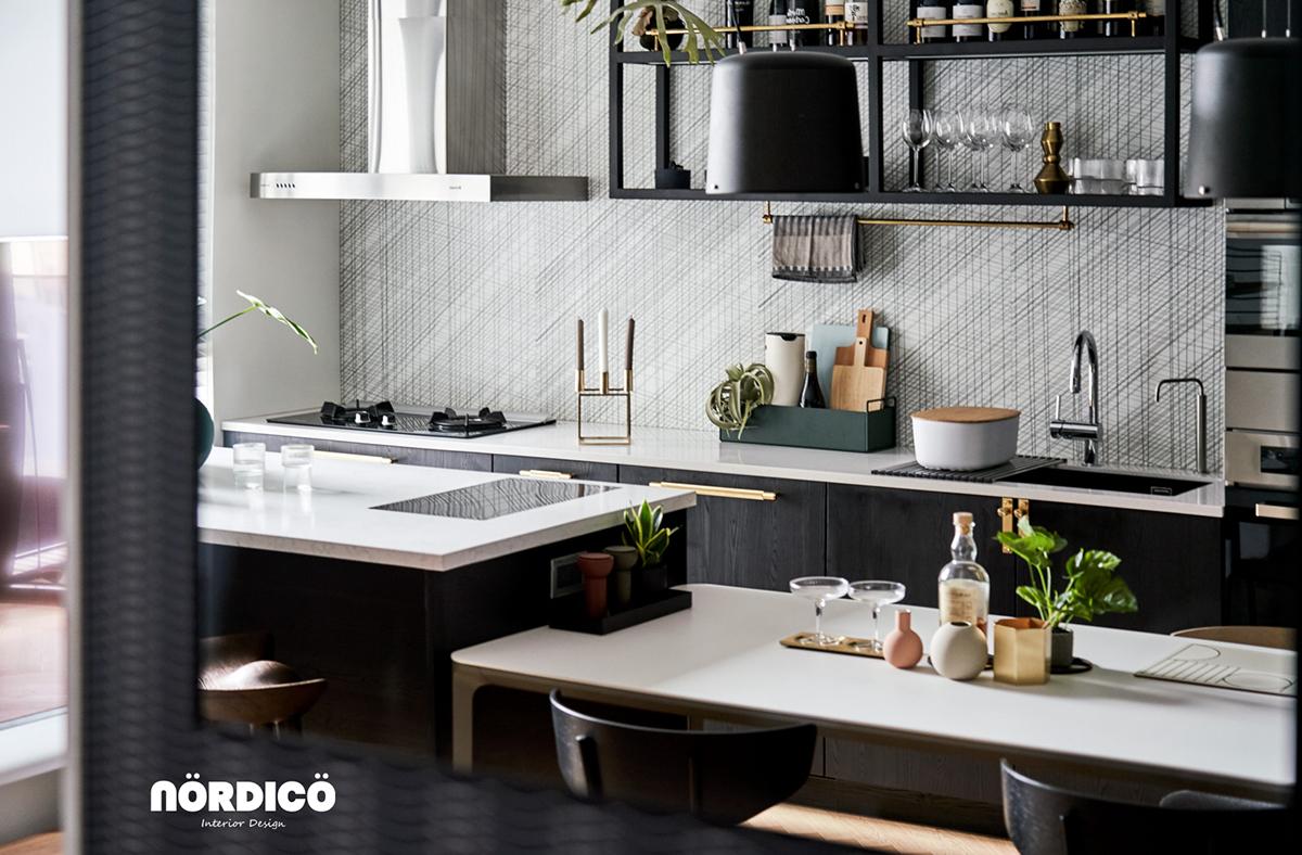Design interior cu bucătărie neagră într-un apartament de 2 camere 3