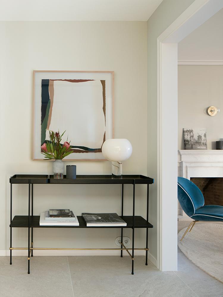 Design-eclectic-și-accente-geometrice-într-un-apartament-elegant-din-Barcelona-8