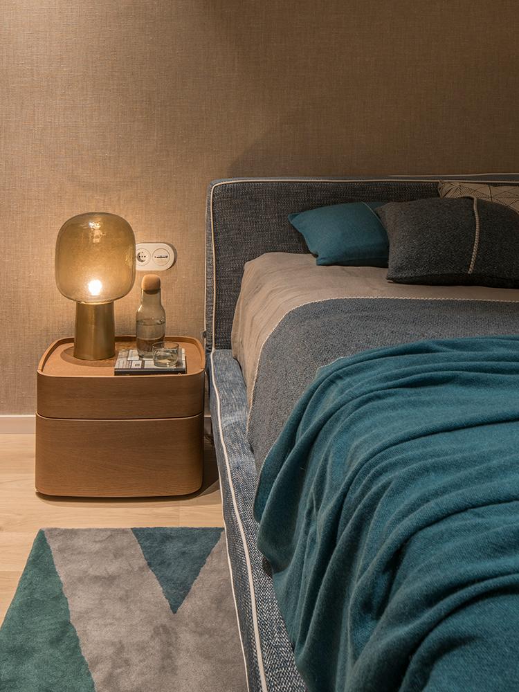 Design-eclectic-și-accente-geometrice-într-un-apartament-elegant-din-Barcelona-17