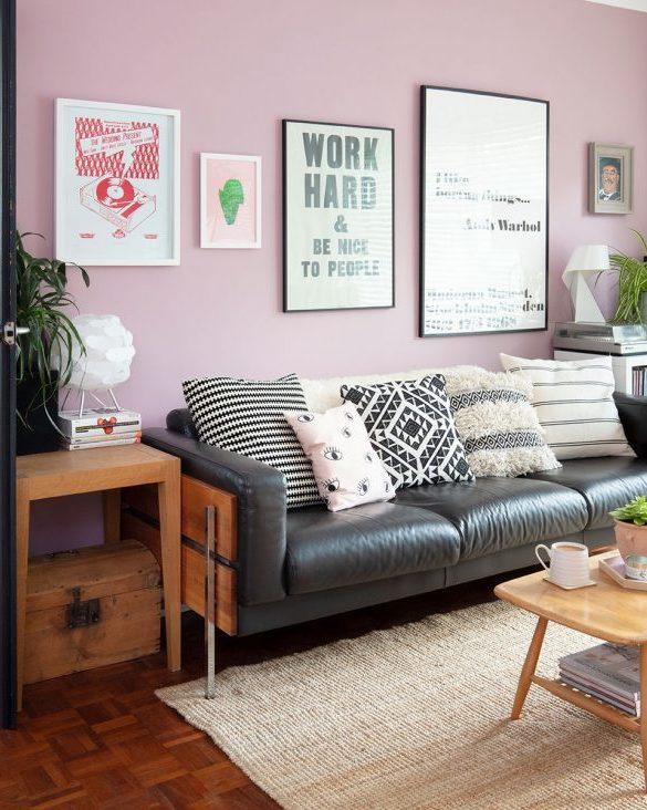 design interior cu pereti mov