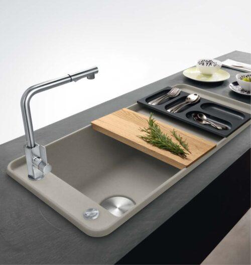 Chiuvetă modernă de bucătărie