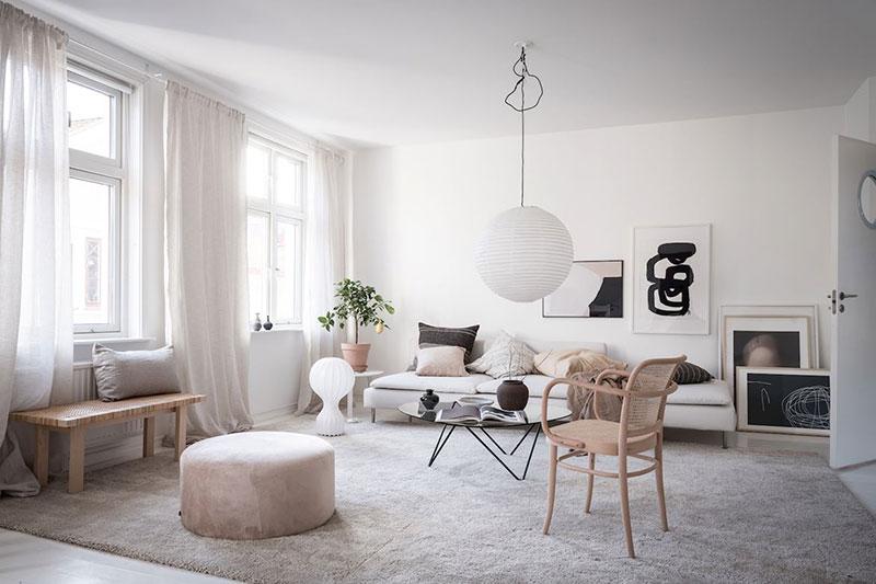 Minimalism scandinav, lemn și textile naturale într-un apartament din Suedia 7