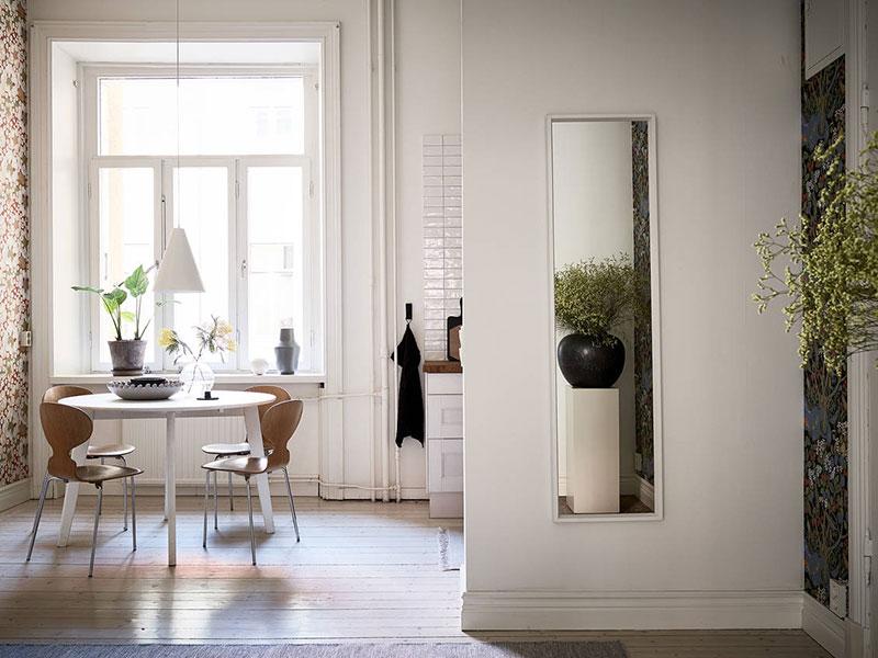 Tonuri de gri pe pereți într-un apartament 74 m² dintr-o clădire din sec. XIX 13