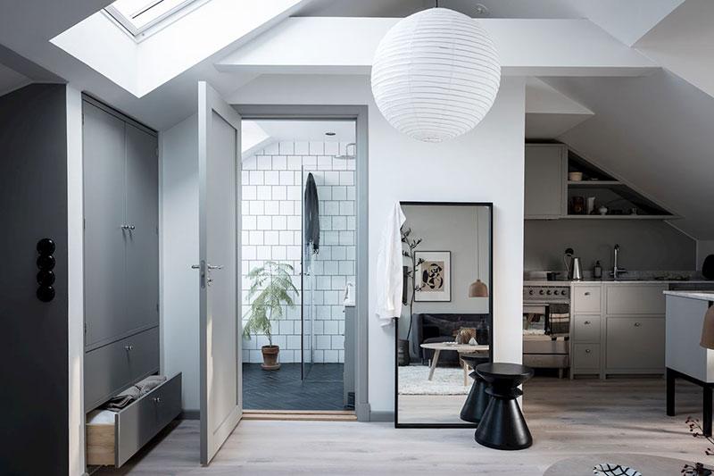 Idee practică de amenajare a unei mansarde de 35 m² 13