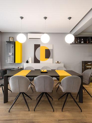 Gri cu accente de galben in sufragerie
